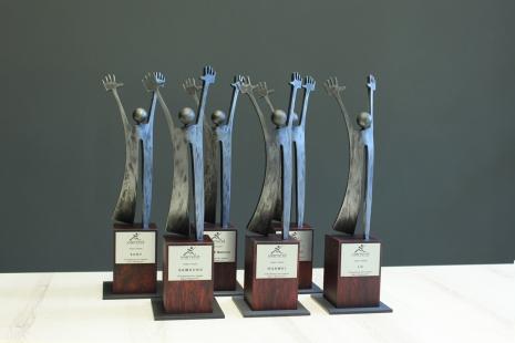 Statuetki okolicznościowe - Viamind - Warszawa