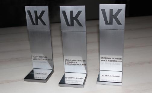 Verle Kuchen, Statuetka okolicznościowa, Nagroda